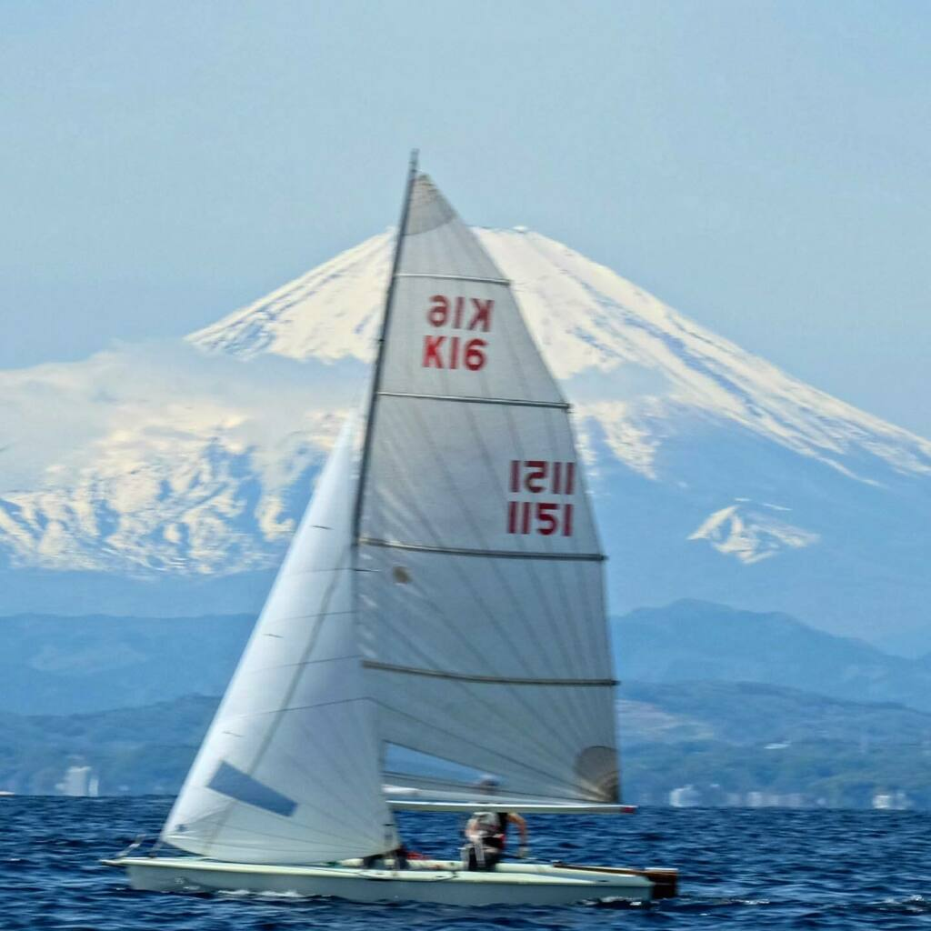 We're enjoying a sailing with K16 class and international 14 at Enoshima Japan.  #olympics #athlete  #olympian  #speedtraining  #verticaljump  #goldmedal  #gymrings  #shotput  #silvermedal  #discusthrow  #sailinglife  #sailingyacht  #sailingboat  #sail  … https://t.co/gqPqruBVZO https://t.co/v2gIkKgRgJ