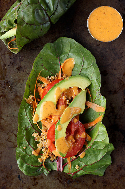 These wraps are the perfect lunch and they are even great on-the-go or for a picnic. The veggies on top can really be whatever you'd like. #vegan #glutenfree https://t.co/BdQhO9xcxd https://t.co/6u1BhGqphc
