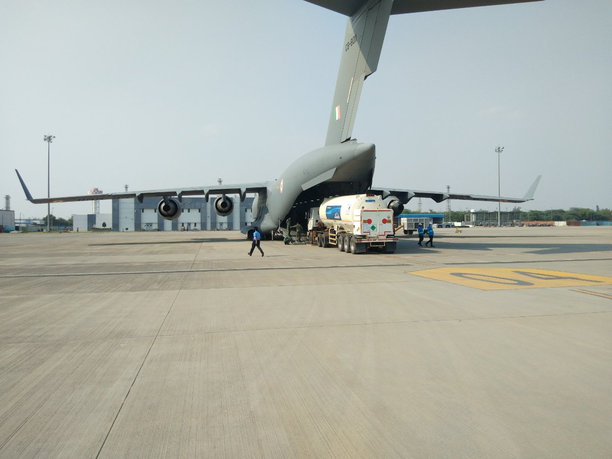 #IndiaFightsCorona  C-17 and IL-76 aircraft airlifted cryogenic oxygen containers from Air Force Station Hindan to Panagarh for recharging, in support of the fight against Covid-19. Similar airlift tasks are underway across the country.