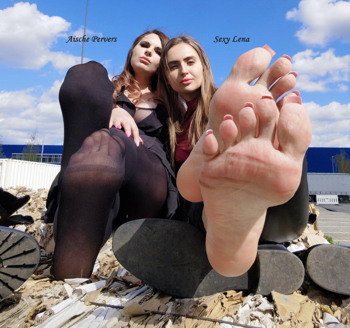 Füße aische pervers Aische