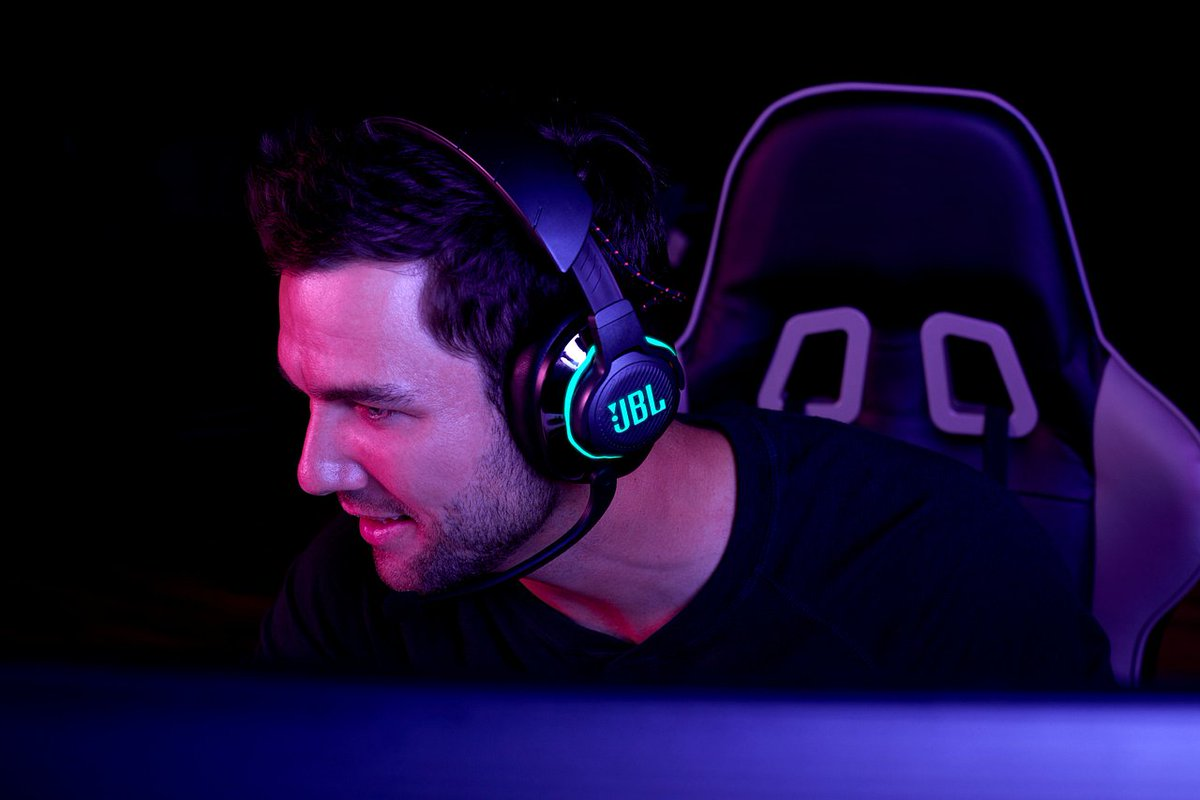 Invest in a headset that will give you the upper hand 🙌