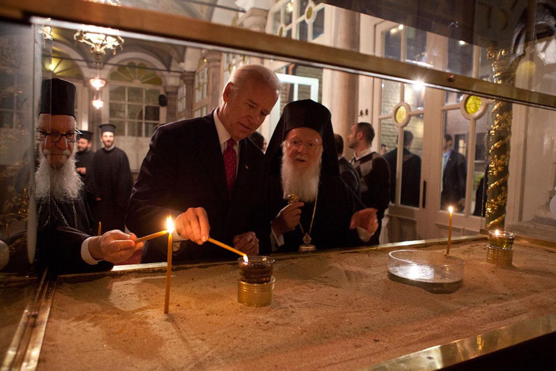 Biden nazvao Istanbul Konstantinopolom, Turci bijesni EzxImjiXMAg4jLZ?format=jpg&name=medium