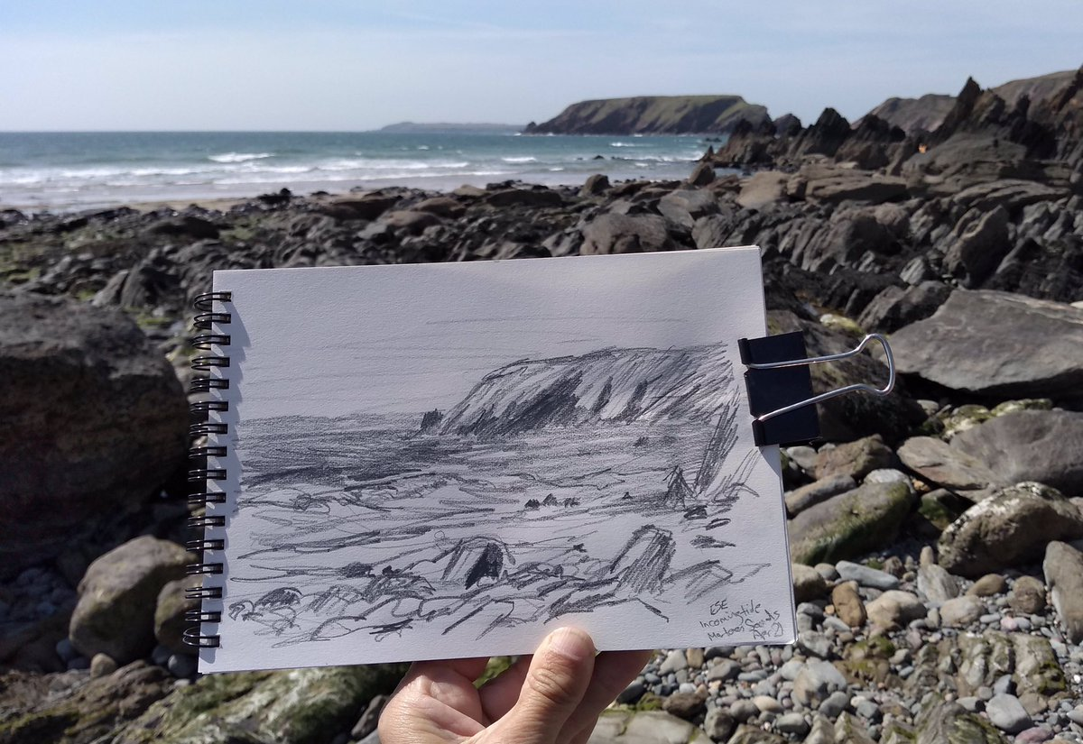 Another drawing from Friday in #Pembrokeshire This is at Marloes Sands. #pembrokeshire #marloessands #pencildrawing #sketchbook https://t.co/jdxyp0wnXV