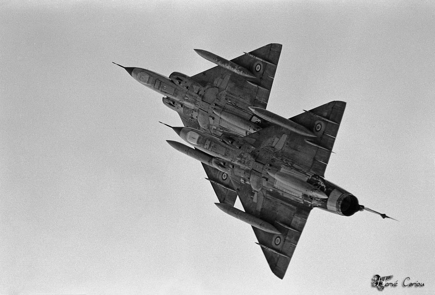 armée de l'air EzztcYUWEAImjat?format=jpg&name=large