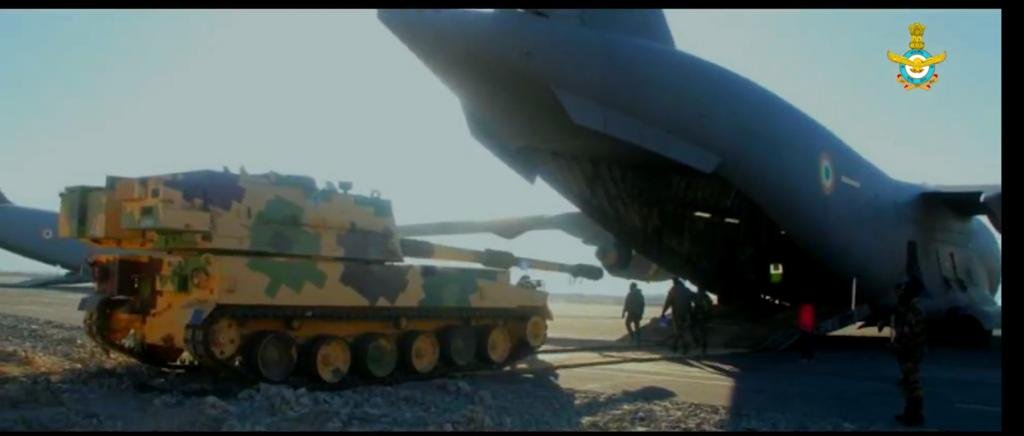 Indian air force C-17A transports Indian army K-9 Vajra to Ladakh for deployment