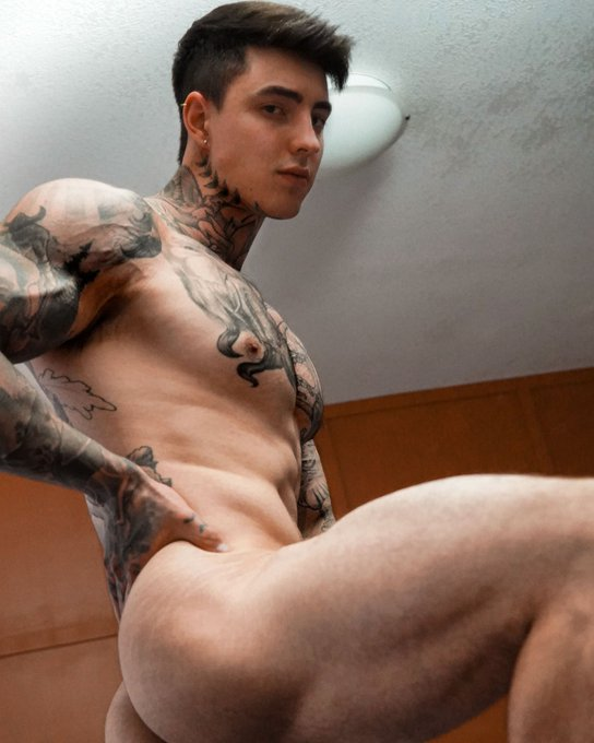 Onlyfans SALE ending soon, don't miss out 🔞👇 ! https://t.co/WQmjRY7Lyp (SALE) https://t.co/PxXI5hPtAu