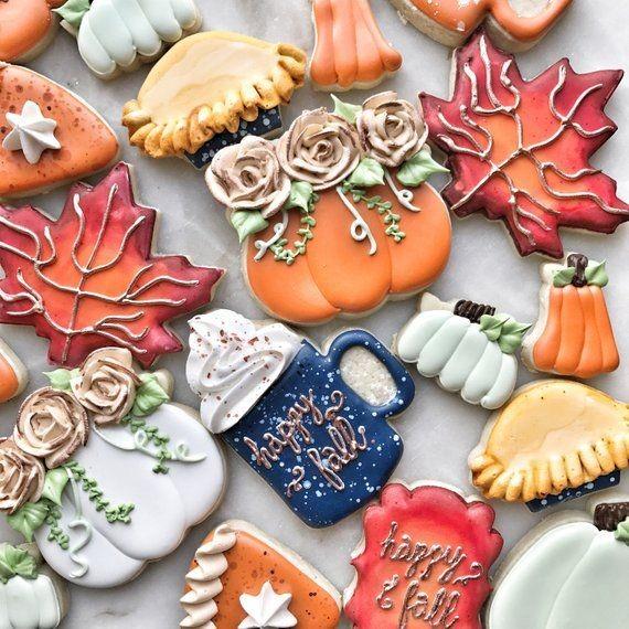 Fall sugar cookies 🍁