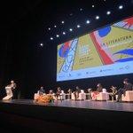 Image for the Tweet beginning: Mario Vargas Llosa inaugura la