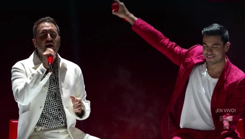 """Necesito que Carlos Rivera y Reik vuelvan a cantar """"Cuántas Veces"""" #Billboard2021 https://t.co/VuGtduFjKx"""