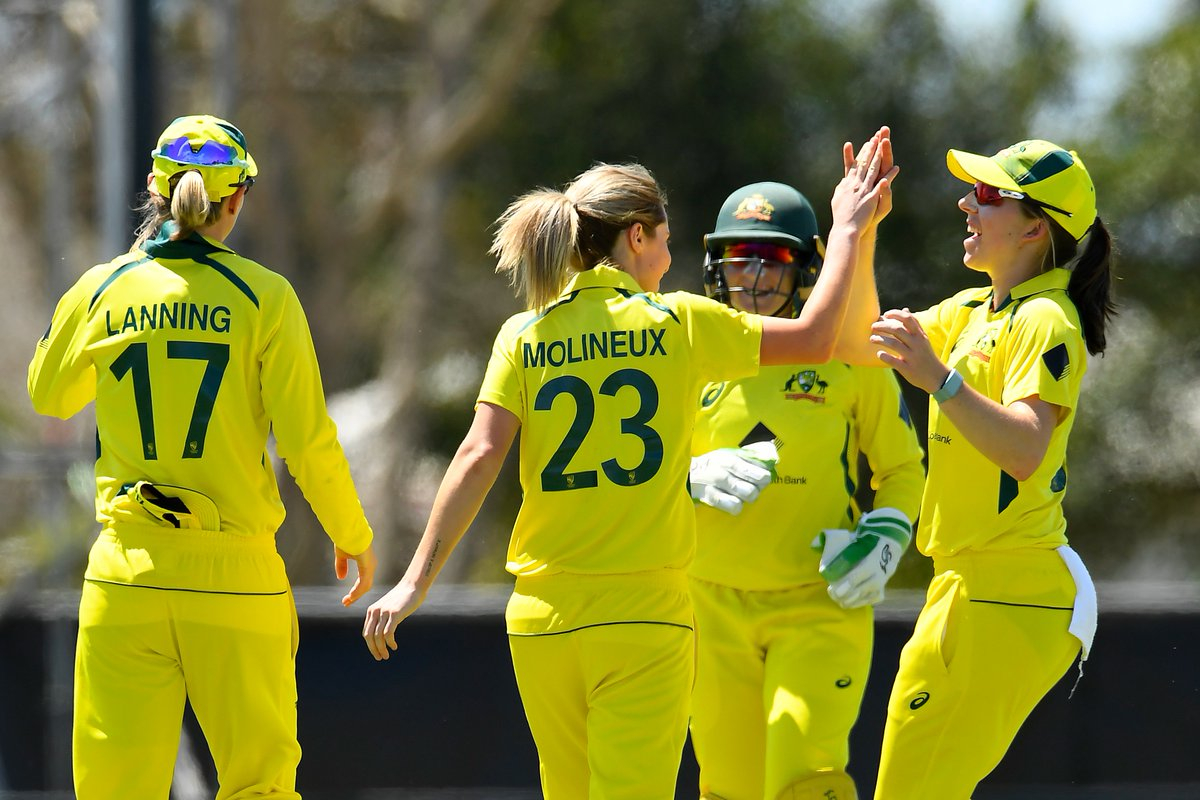 Sophie Molineux gives Australia the first breakthrough!  Shafali Verma chops back one onto the stumps and departs for 22.  📺 Watch the action on  (select regions) 🧮 Follow live:  | #AUSvIND