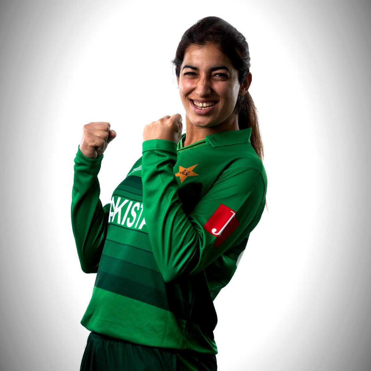 🏏 33 ODIs and 48 T20Is 🙌 1133 international runs and 24 wickets 💪 Most wickets for Pakistan in 2018 Women's T20WC  Happy birthday to @aliya_riaz37! https://t.co/CbUvGD2aVu