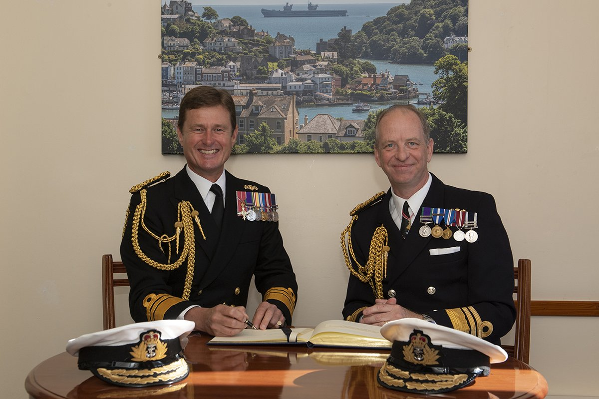 The Royal Navy today welcomed a new Fleet Commander as Vice Admiral Jerry Kyd handed over the second most senior command post in the RN to Vice Admiral Andy Burns during a ceremony at @DartmouthBRNC Read more: ow.ly/iiCo50GfPcm