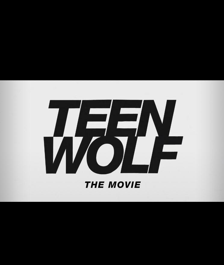"""Com grande parte do elenco original, um filme para a série """"Teen Wolf"""" será lançado em 2022 na Paramount+ https://t.co/UOTr9RJxO3"""