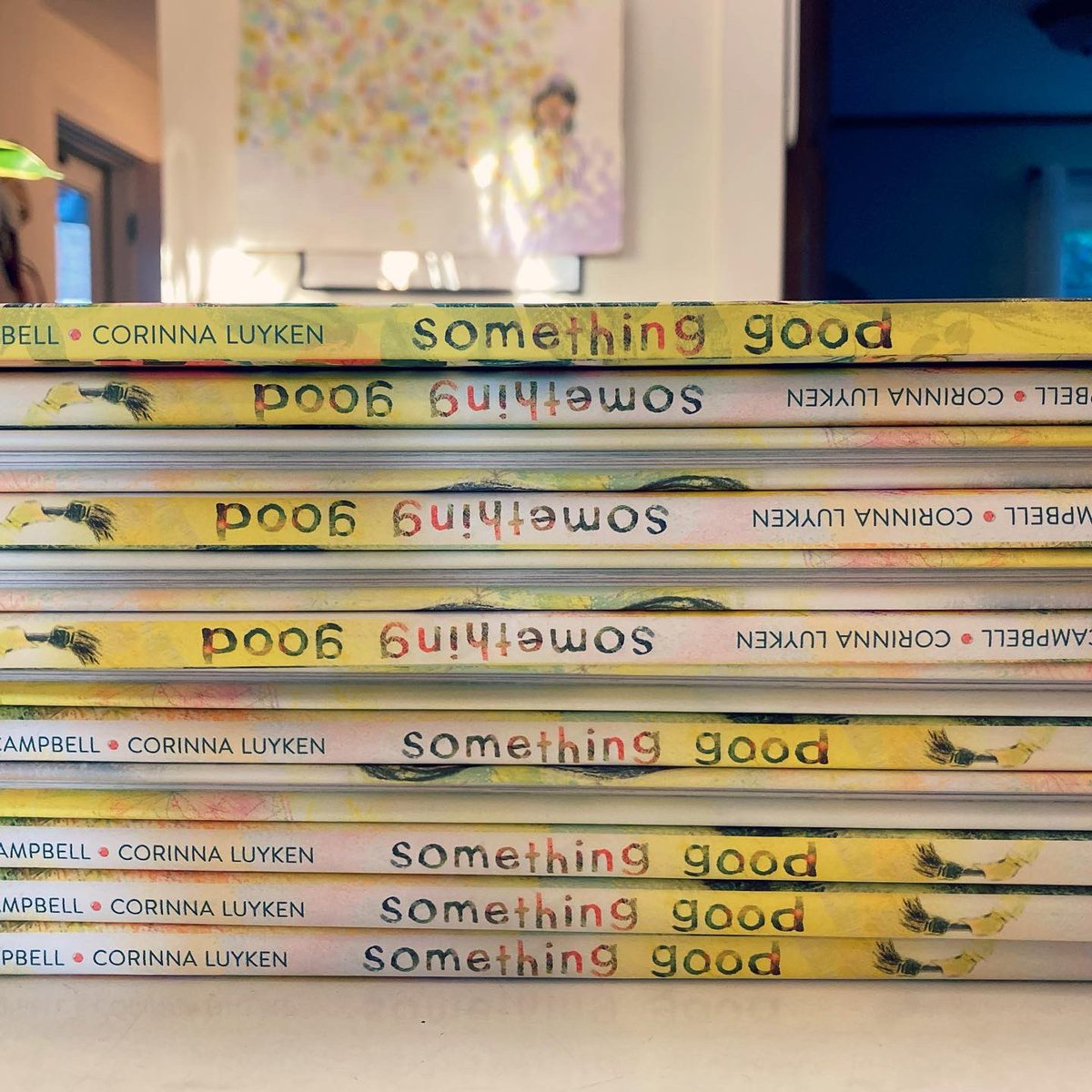 It's here! After a few changes to the release date—now OCT 19—it's ✨✨ to hold a finished copy of SOMETHING GOOD. Look at that spine! Look at that rainbow on the top edging! Thanks to the team at @LittleBrownYR for the attention to detail that makes this such a beauty.