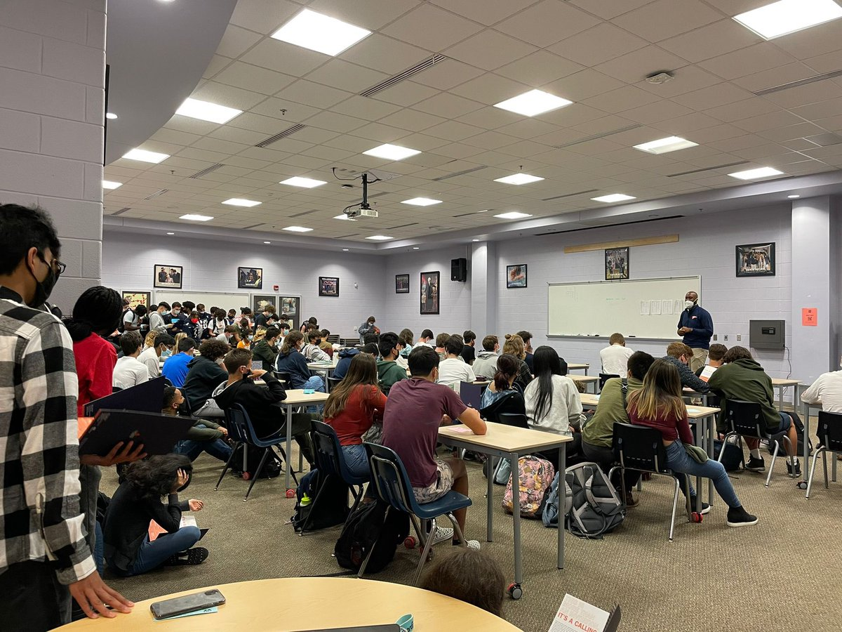 Thank you <a target='_blank' href='http://twitter.com/UVA'>@UVA</a> for sending Terrance Maynard to talk to our students about college admissions! We learned so much! <a target='_blank' href='https://t.co/6eeQnUjE1R'>https://t.co/6eeQnUjE1R</a>