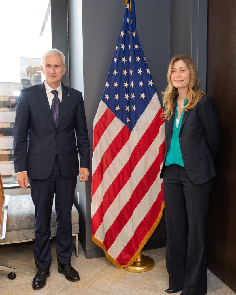 With the global supply of illicit drugs more abundant, more sophisticated and more diverse than ever, a very interesting meeting with @DEAHQ Administrator Milgram on combating drug trafficking and areas for increased cooperation with INTERPOL.
