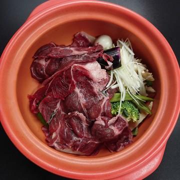 ヒグマのお肉、召し上がったことがございますか?北海道でも珍しいひぐまがココで味わえます。一生に一度位は、お試し下さい。 月次 2021年09月25日