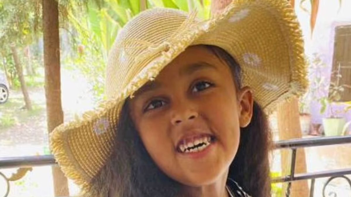 Girl, 6, who died after falling 110ft from theme park ride 'was not buckled in' mirror.co.uk/news/us-news/g…