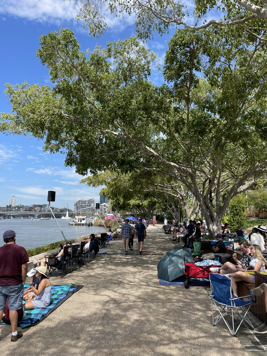 Queensland is the place to be 😍 Spectacular weather ahead of Sunsuper Riverfire ☀️ Remember you can get vaccinated on your way to view the fireworks 🎆 Our South Bank vaccination hub is accepting walk-ins until 7:30pm tonight 👏 #Riverfire #Brisbane