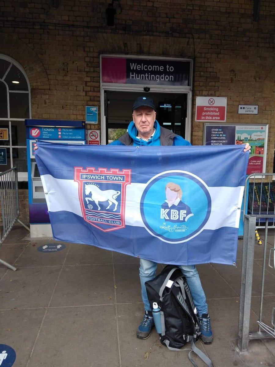 This time last year i was heading off to Carlisle for the 311 mile walk back to Ipswich in aid of KBF over 2 weeks. Tomorrow i will be celebrating the Anniversary!! Hopefully today will see 3 points.. COYB's