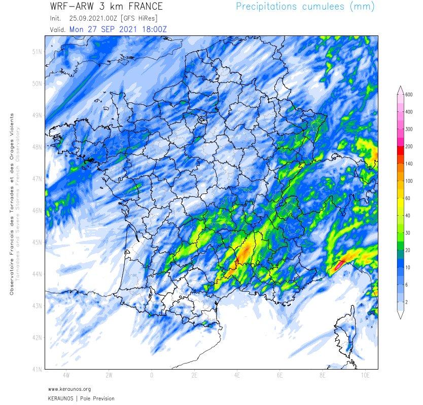 De forts #orages sont prévus dans le sud jusqu'à demain dimanche en cours de journée. Cumuls de pluie importants en peu de temps probables en #Languedoc notamment.