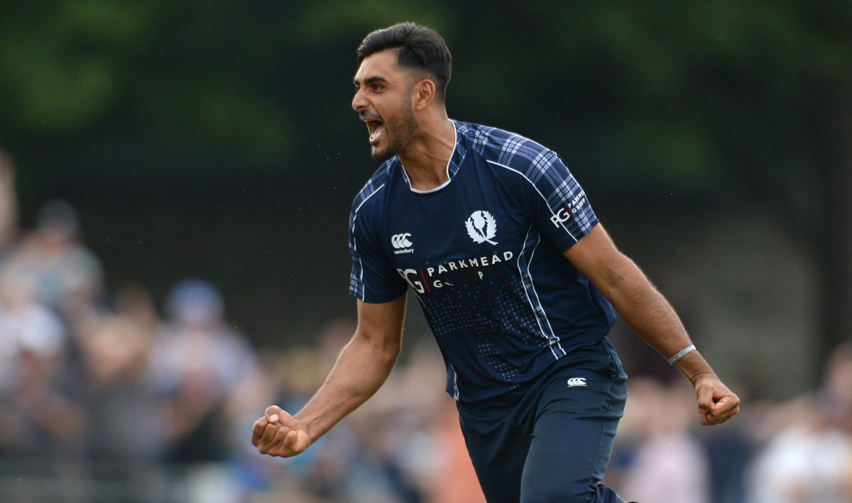 Scotland have bowled PNG for 197 runs in Oman. Will they chase this down?  Watch the Men's CWC League 2 match live on https://t.co/CPDKNx77KV and @FanCode (in the sub-continent) 📺 https://t.co/CsIqu181oo
