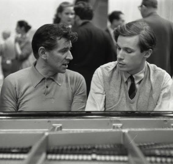 Happy Birthday Glenn Gould * 25 September 1932