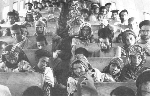 في مثل هذا اليوم قبل 71 عاما هبطت الرحلة الجوية الأخيرة لعملية البساط السحري في إسرائيل، والتي خلالها تم…
