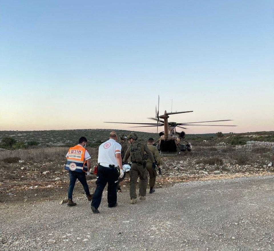 مروحية عسكرية تابعة لجيش الدفاع تنقل فلسطينيين إلى مستشفى رامبام في إسرائيل