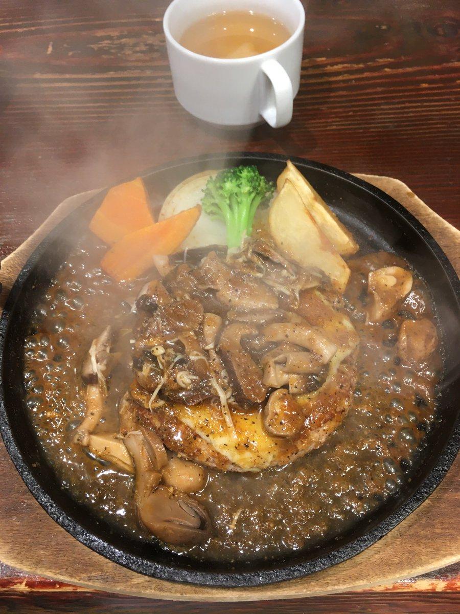 本日は当館から徒歩5分の札幌牛亭にお邪魔しました。お肉がトロトロでとても美味しかったです。(HP)食べログ)#ホテルリソル池袋#池袋ランチ#飯テロ#企業公式ランチ