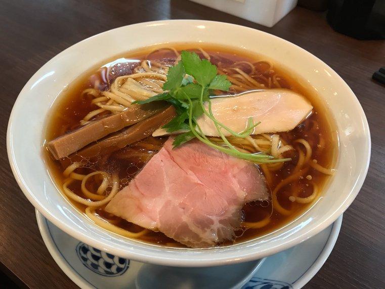 現在愛知県のNo. 1の評価を受ける鶏を全面に出した清湯系醤油ラーメン!(愛知県名古屋市中川区八剱町)  #tabelog