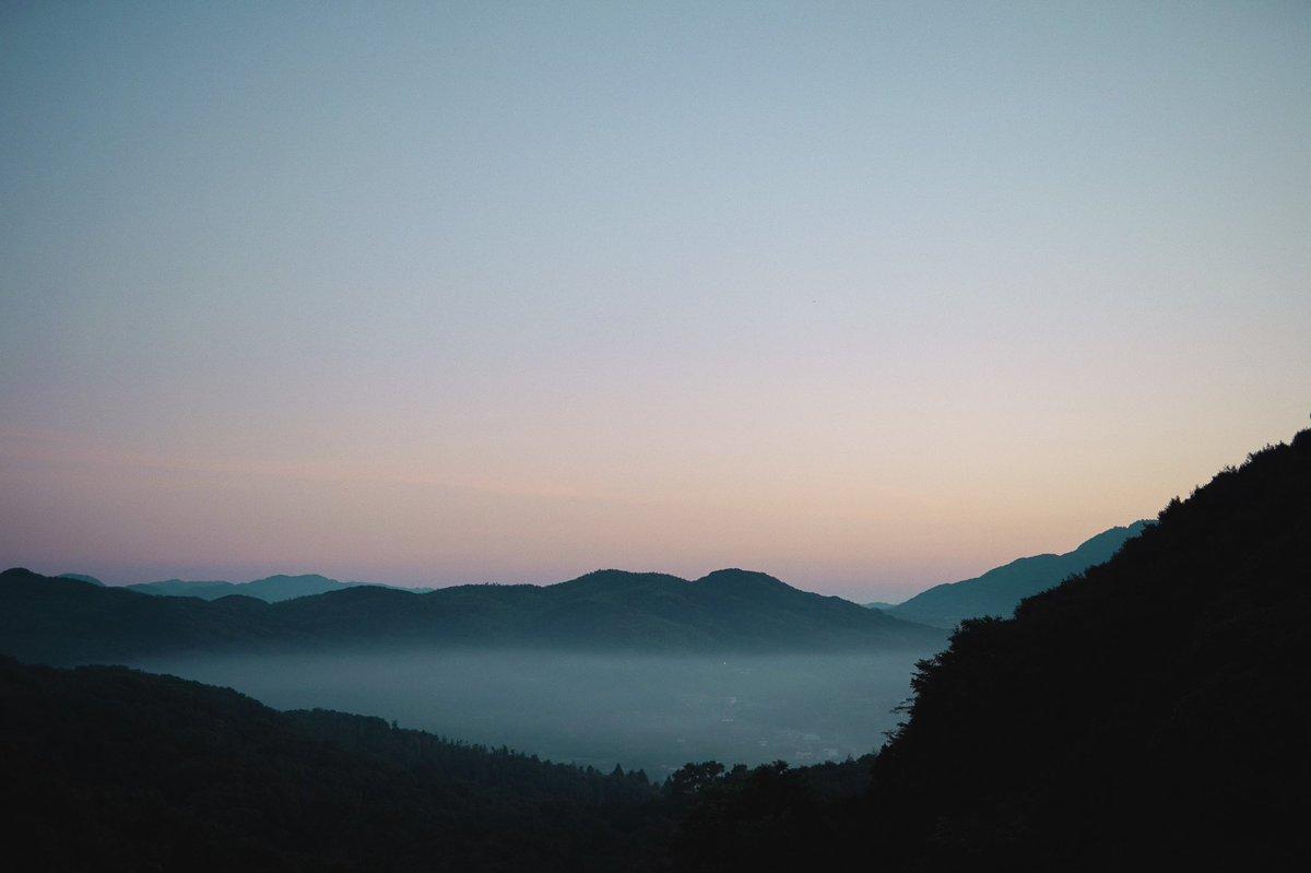 【旅のお知らせ】次の旅先は兵庫県の淡路島に決まりました。山の上にあるお宿、こぞら荘にて開店いたします。詳細のご確認は下記サイトにて。ご予約チケットは明日12:00から販売開始です。🗓10/20,21 12:00-18:00🏠こぞら荘
