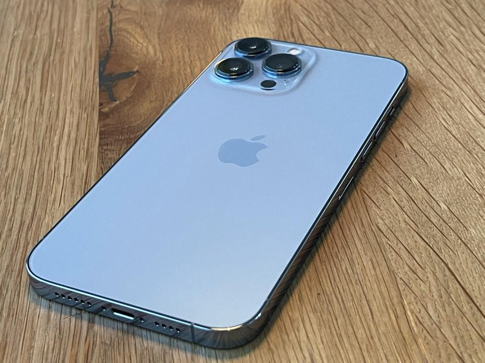 Apple iPhone 13 Pro Max Review: Familiar Looks, Cool Innovations