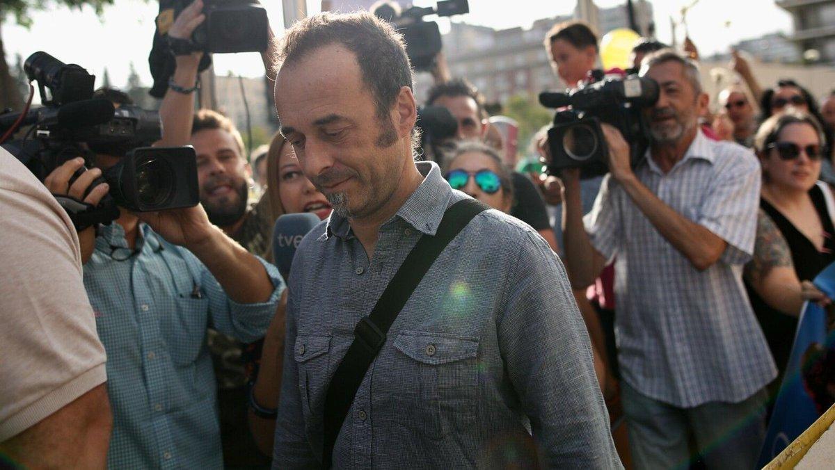 Más comentada 7d: El exmarido de Juana Rivas pide a Montero y Errejón... https://t.co/ZWVdjTinjP https://t.co/09RRCle4Y4
