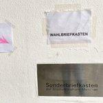 Image for the Tweet beginning: Hauptsache Briefwahl 😂 Die