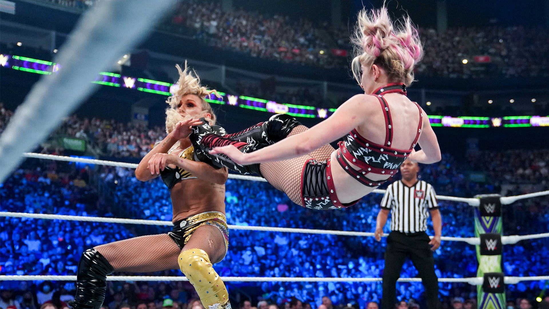 WWE Extreme Rules 2021: Alexa Bliss Loses Lilly Doll In Her Hometown 1