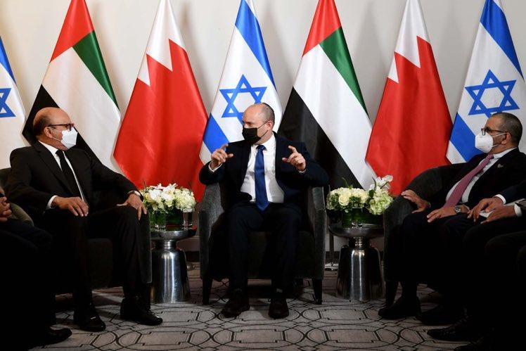 رئيس الوزراء بينيت التقى بنيو يورك وزير الخارجية البحرينيعبداللطيف الزياني ووزير