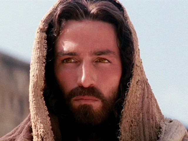 While filming the 2004 movie 'The Passion Of Christ' the actor playing Jesus, Jim Caviezel, was struck by lightning.