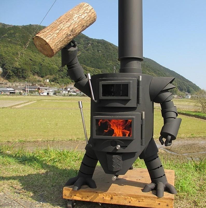高知県土佐清水市のふるさと納税返礼品は?「ロボット型薪ストーブミニ」!