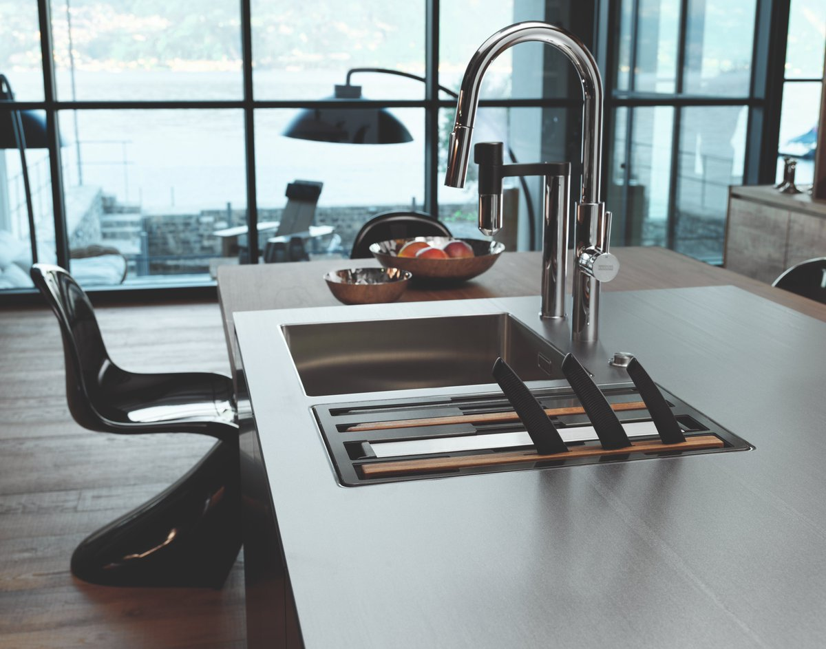 Want to know how to keep your Stainless Steel sink sparkling like new? Take a look at our handy blog with some top tips on cleaning and caring for your stainless steel sink origin-www.franke.com/gb/en/hs/frank…