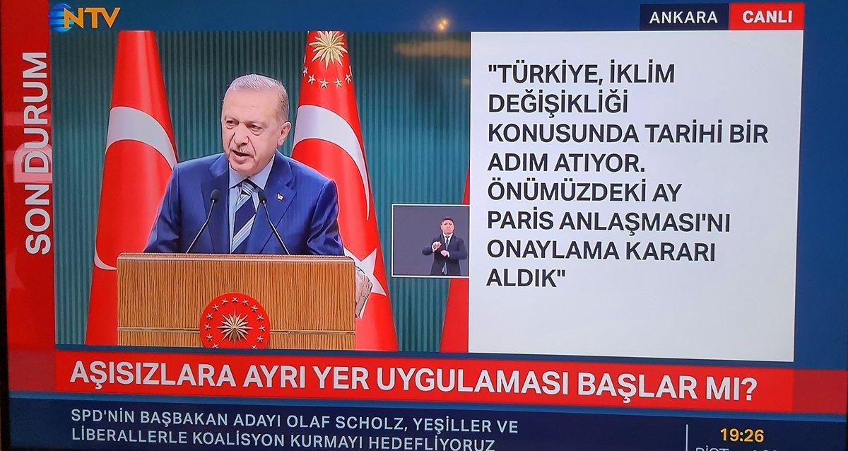 Cumhurbaşkanı Erdoğan konuştuğu sırada NTV adlı TV, skandal ötesi bir KJ attı.