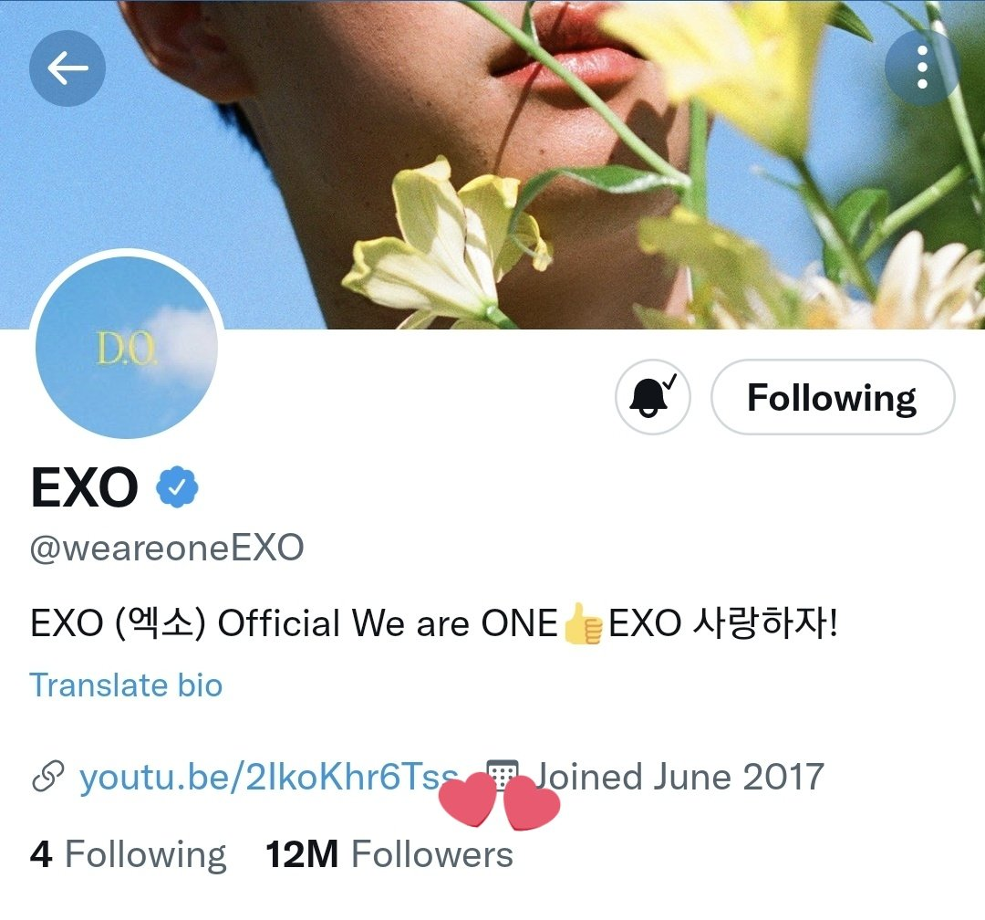 Congratulations 🥳🎉  EXO Becomes The 1st SM Artist & The 2nd Kpop Acts To Hit 12 Million Followers On Twitter! 🎊💃👏  @weareoneEXO #EXO #엑소  @B_hundred_Hyun @layzhang