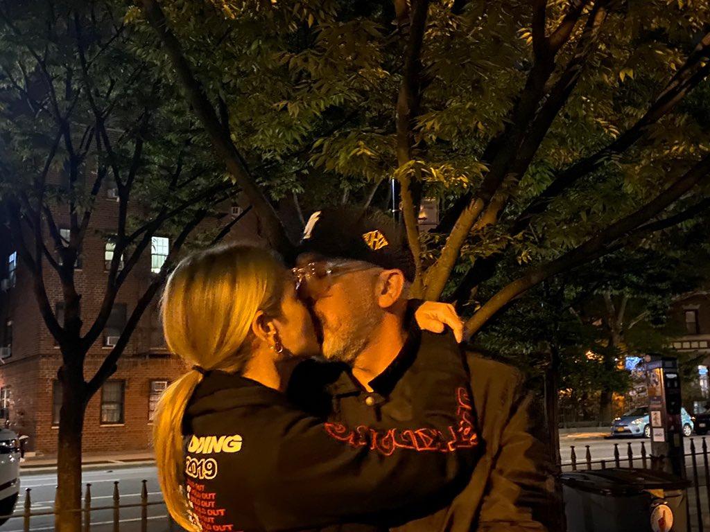 Dating ignoră-o, Ce inseamna cand un barbat te evita