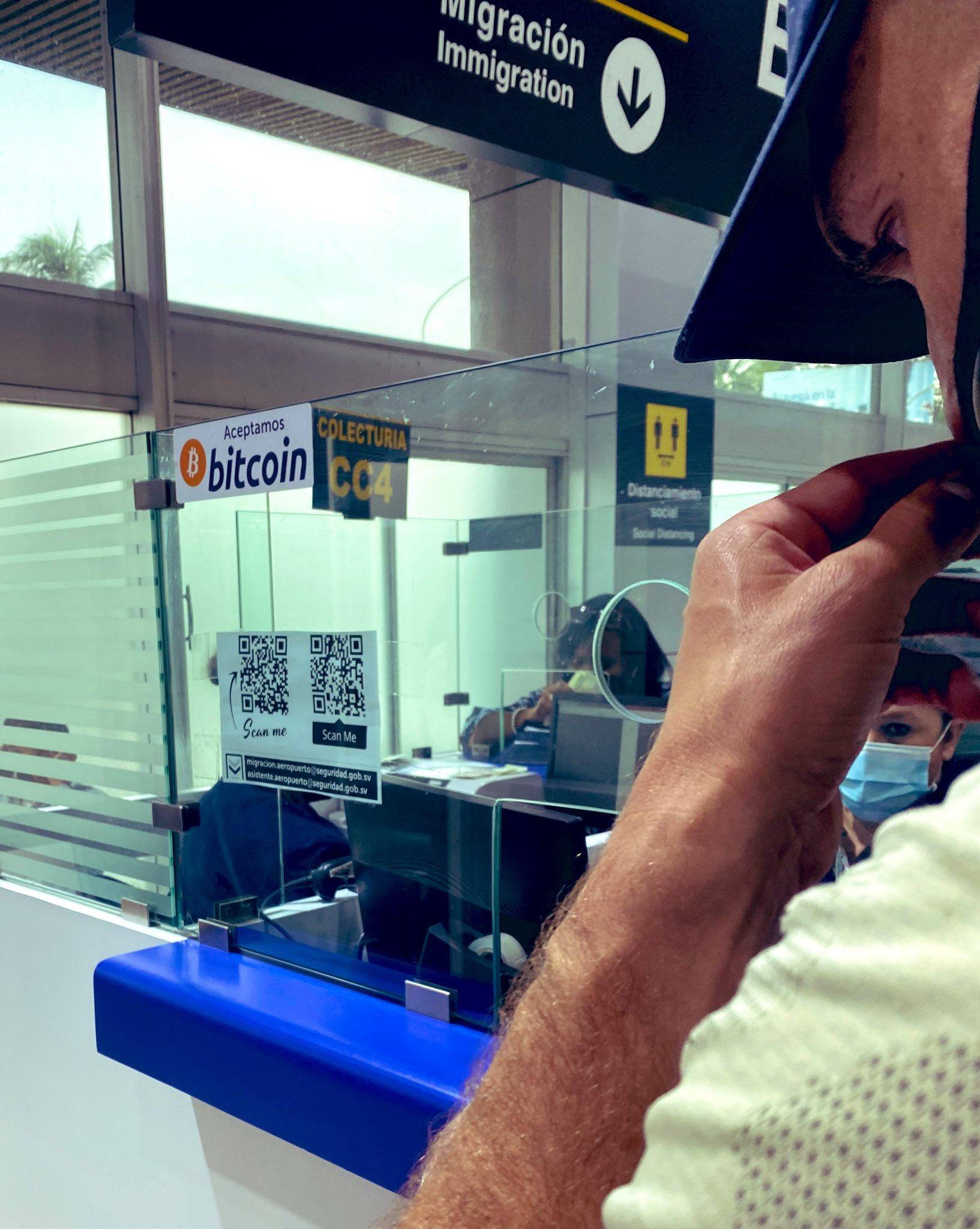 Customs in El Salvador also accepts Bitcoin