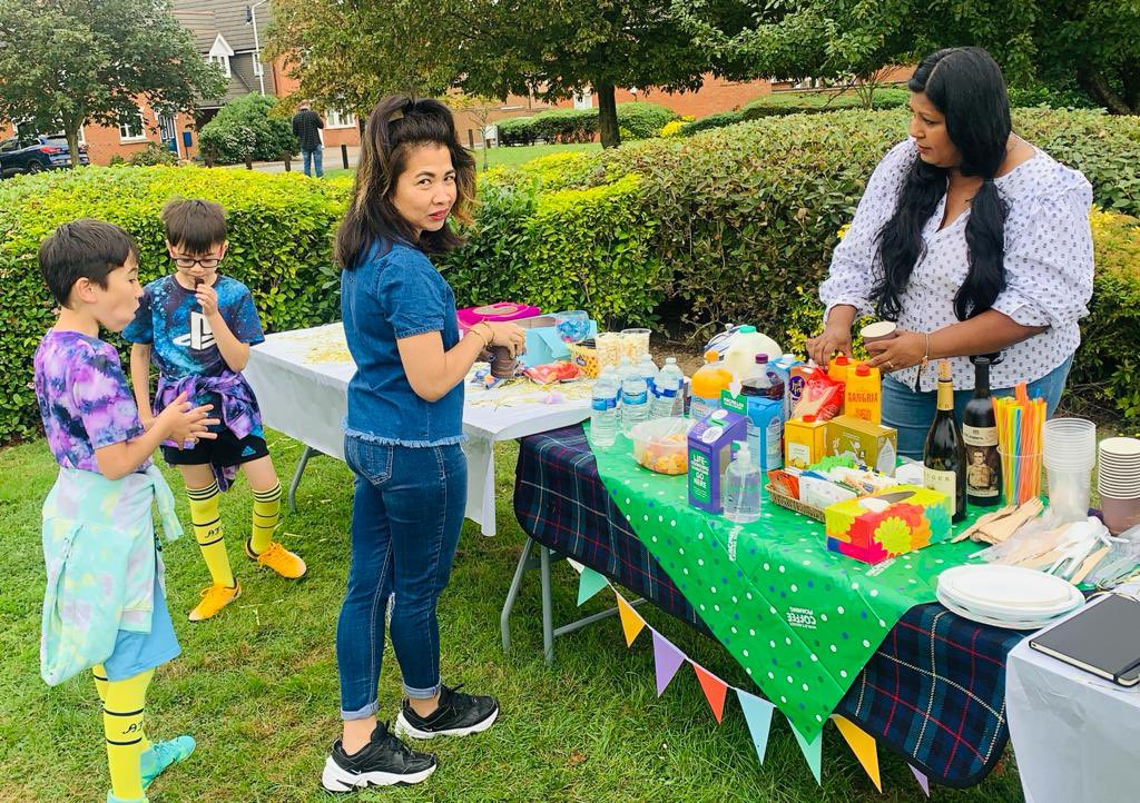 It's such a blessing having a great neighbourhood. We reaised £323 for our coffee afternoon. #MacmillanCoffeeMorning  #fypシ l