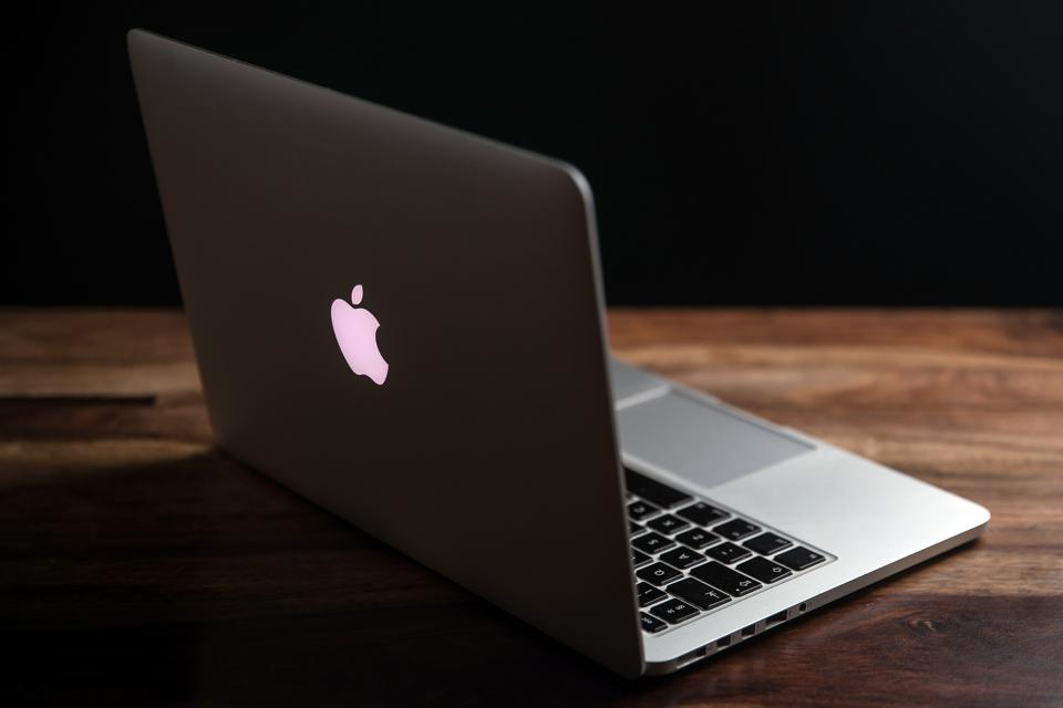 Apple Leak Confirms Stunning MacBook Pro Feature
