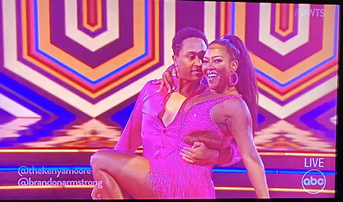 #dwts  #gearintherear   One of my faves Kenya Moore is absolutely gorgeous