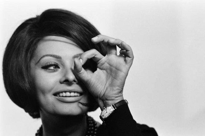 Happy Birthday to Sophia Loren 20 September 1934 87 years           :