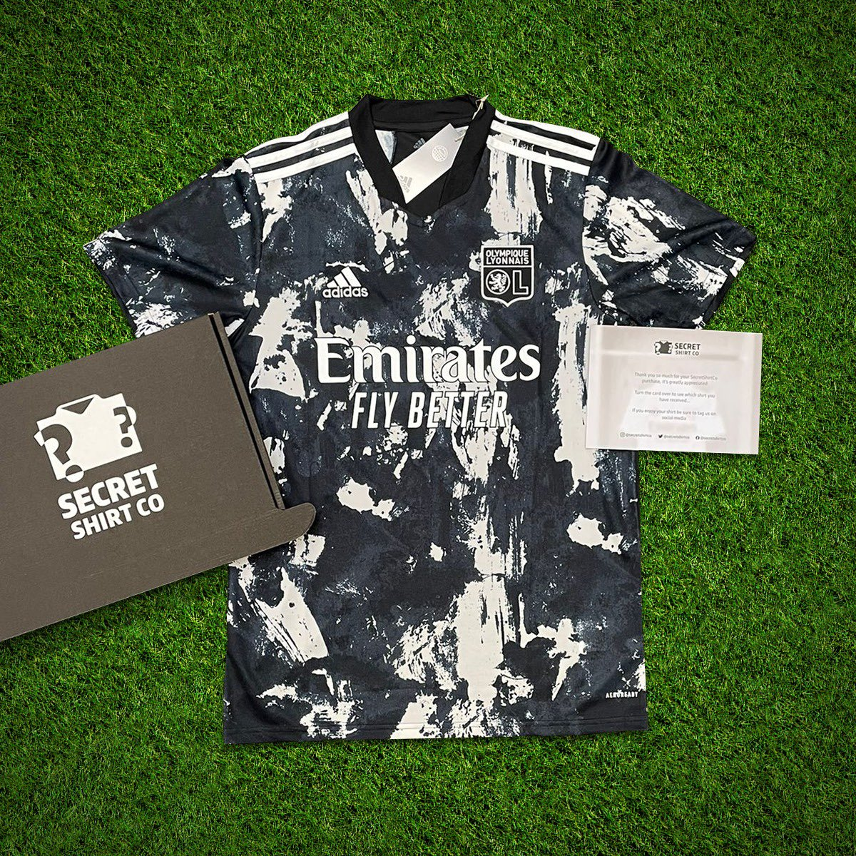 If Lionel Messi plays against Manchester City tonight we'll giveaway a SecretShirt.co box 📦 To enter 👇 🔄 Retweet this tweet 🤝 Follow us Good luck!