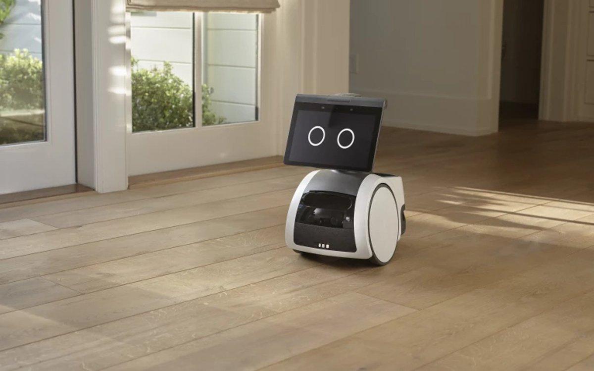 Amazon Astro is an Alexa robot that roams your home